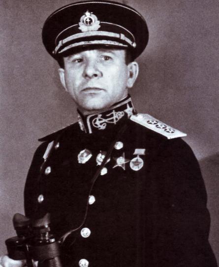 балтийский флот, вице-адмирал Владимир Филиппович Трибуц