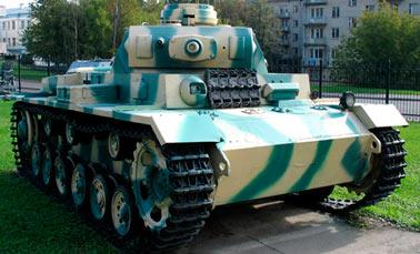 Германский танк PzKpfw III Ausf N