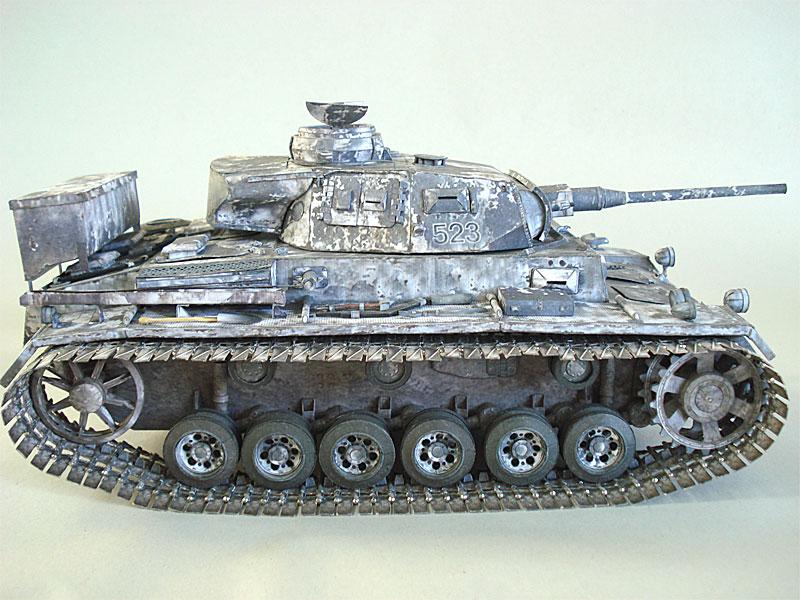 танк PzKpfw III Ausf J