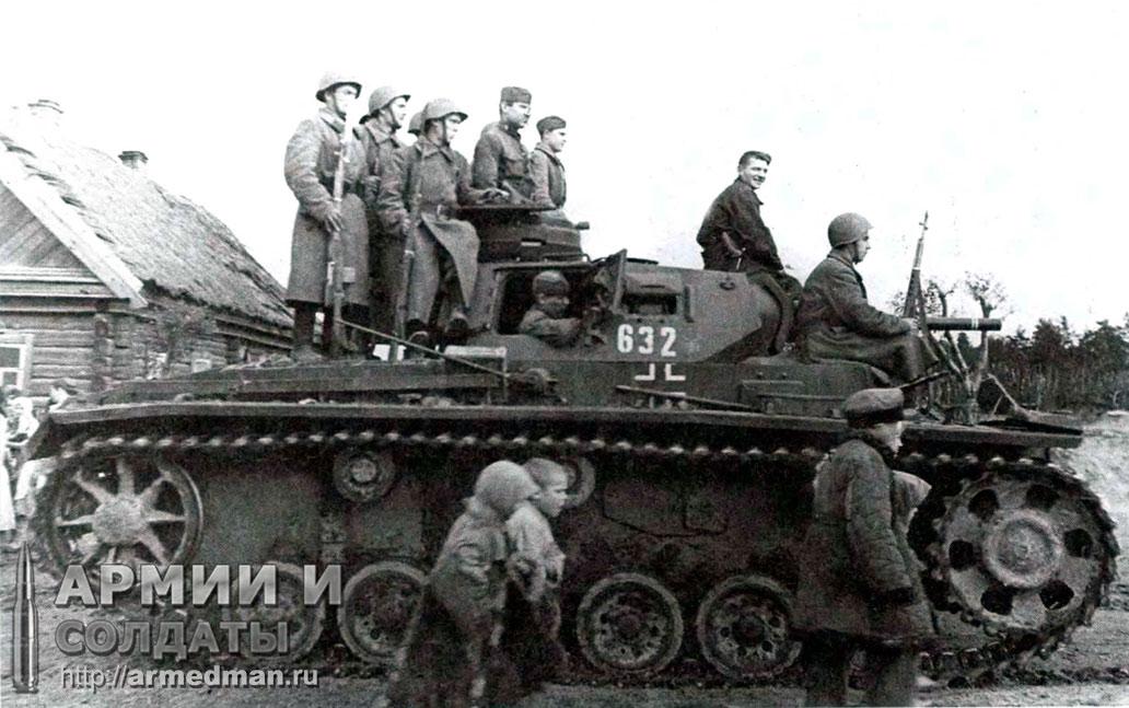 Трофейный-Pz.III,-Западный-фронт,сентябрь-1942-г.
