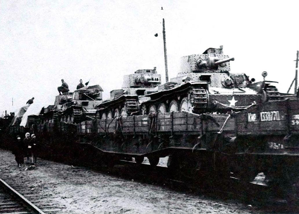 отремонтрированные-трофейные-Pz.38-(чешский)-отправляются-на-фронт