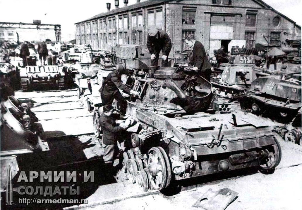 ремонтная-база-82,-осмотр-трофейного-Pz.III