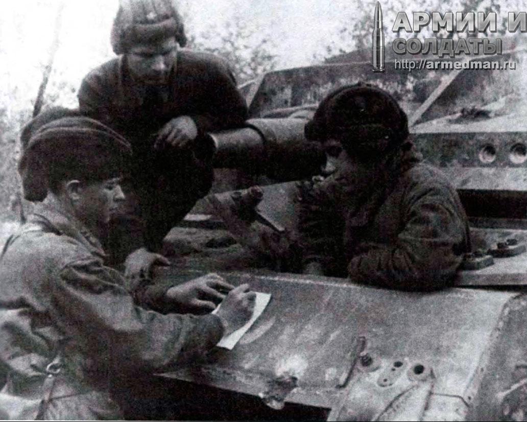 советский-немецкой-StuG-III,-1942