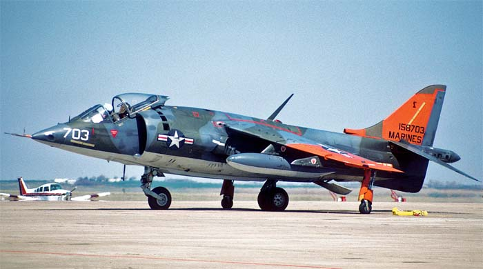 Американский AV-8A