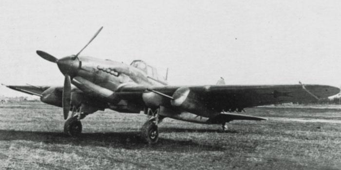 Штурмовик Ил-2 с пушками Ш-37 под крыльями