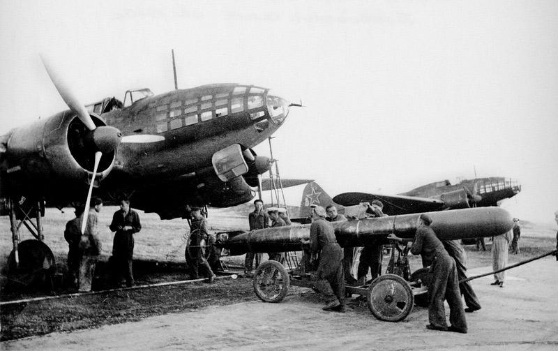 Советские торпедоносцы Ил-4