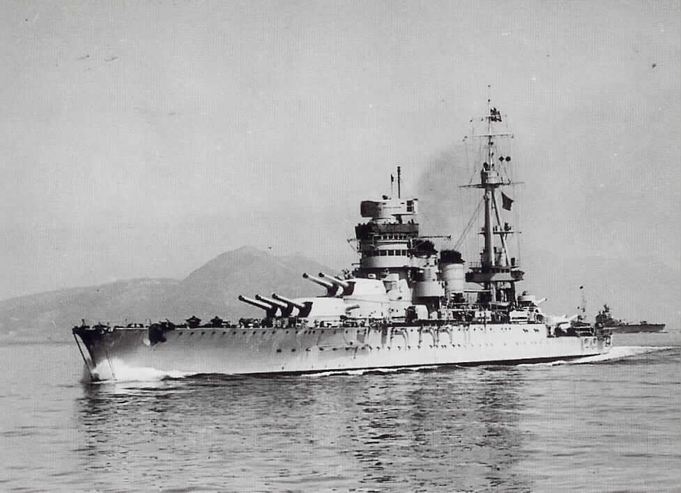 """Итальянский линкор """"Конте ди Кавур"""" строился к Первой Мировой Войне, перед Второй Мировой прошел модернизацию"""