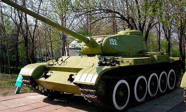 Танк Т-44, боевая машина переходного периода (СССР)