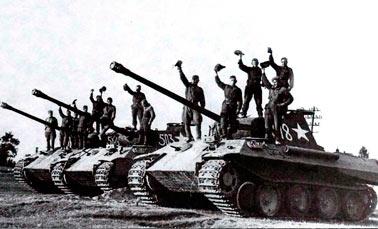 Трофейный Pz.IV, Западный фронт, сентябрь 1942 г. Видна незакрашенная эмблема 18 танковой дивизии вермахта на башне
