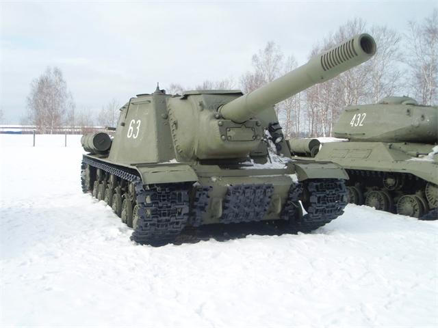"""ИСУ-152 """"Зверобой"""". Даже внешне машина полностью оправдывает свое прозвище"""