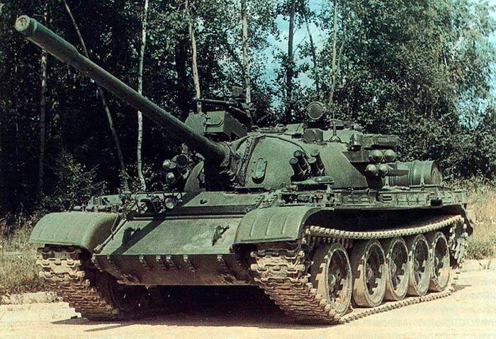 Советский средний танк Т-55