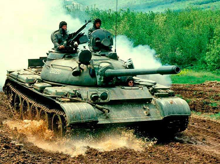 Средний танк Т-55 - основа советской группировки в Афганистане