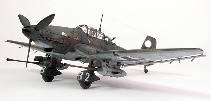 Ju-87 с 37-мм пушками под крыльями. Противотанковый штурмовик