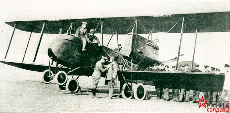 бомбардировщик Rumpler G.I. с толкающими винтами