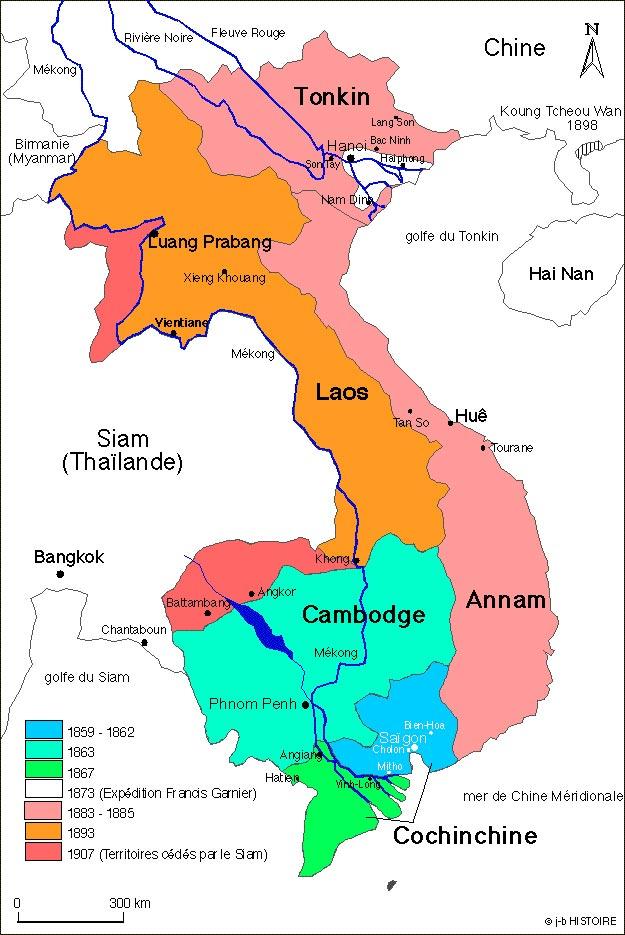 """Цветом выделен Французский Индокитай в разные годы. Хорошо видны """"спорные территории"""" на деле нагло отхваченные французами у королевства Сиам"""