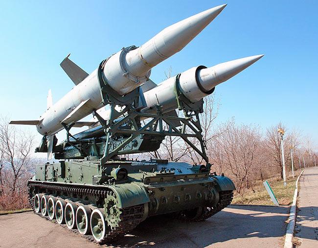 """Пусковая установка 2П24 зенитного ракетного комплекса 2К11 """"Круг"""""""