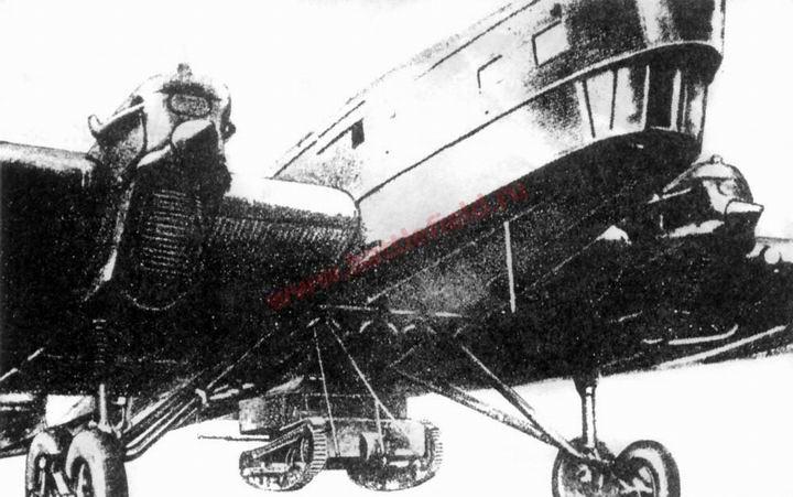 ТБ-1 с демонтируемой танкеткой Т-27