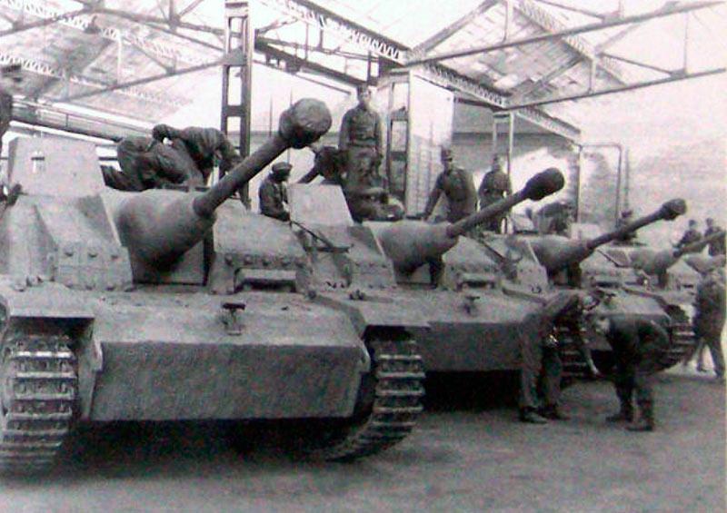 стуг3-,-1944-франция,-гараж