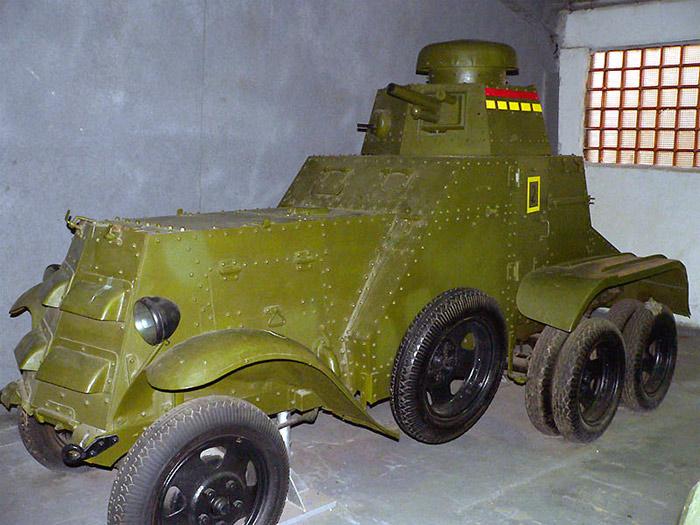 БА-27М на базе Форд-Тимкен