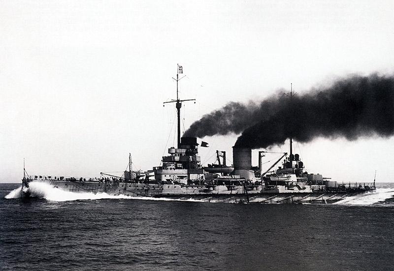 Линейный крейсер Мольтке в походе