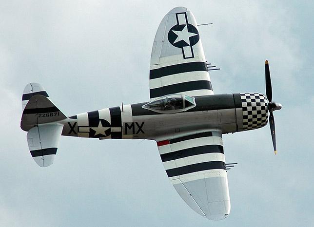 """Истребитель P-47 """"Тандерболт"""""""