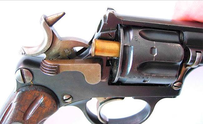Боек револьвера Галан-Шмидт M1882