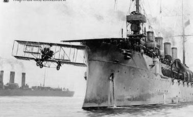 Первые авианосцы