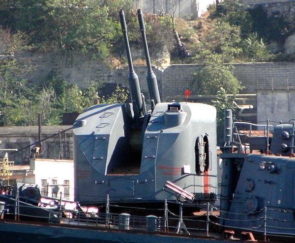 76,2-мм корабельная артиллерийская установка АК-726