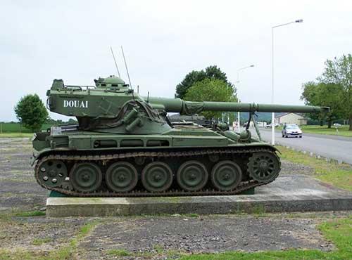 Легкий танк АМХ-13 (Франция)