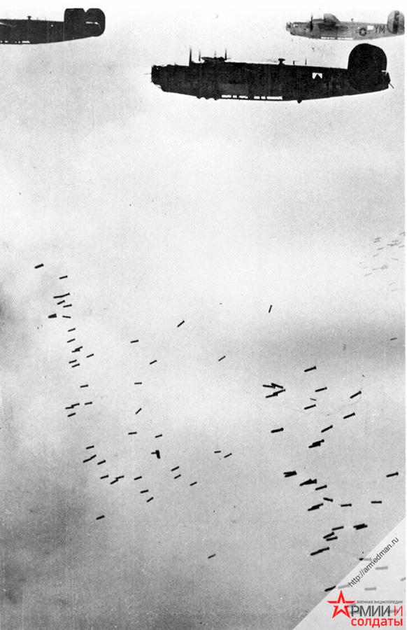британскме-Б-24-бомбят-Германию