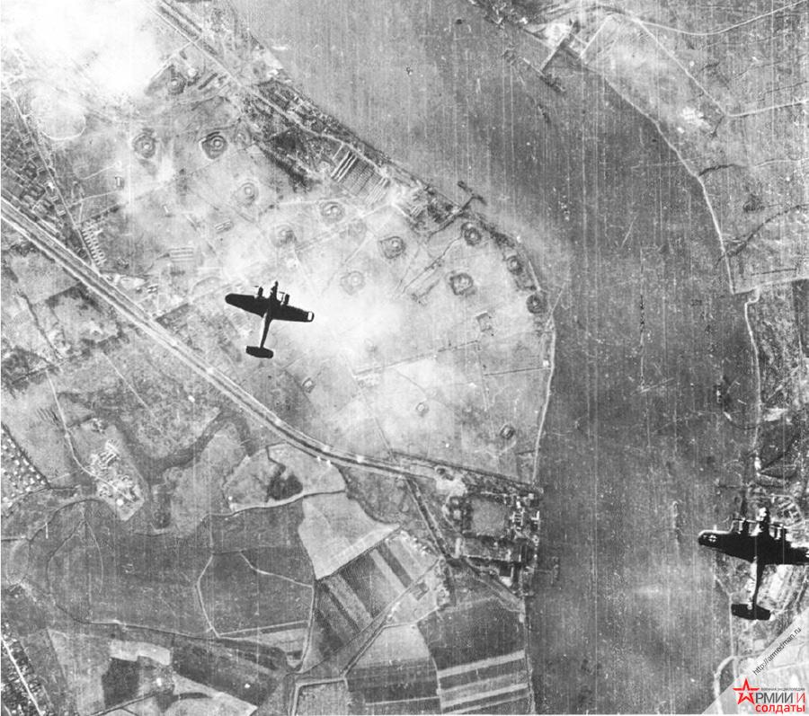 Немецкие бомбардировщики Do-17 над Темзой