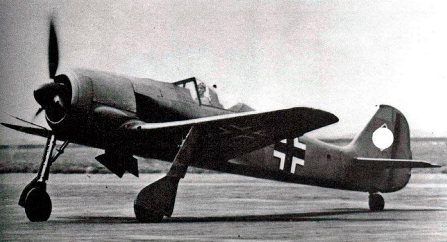 FW-190A-0 - один из первых. Пока ещё даже без вооружения
