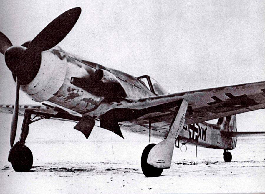 Истребитель Ta-152C - последний серийный «фоккер».