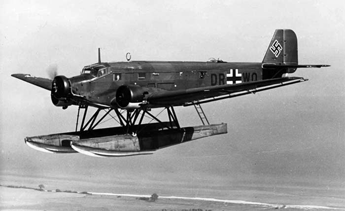 Поплавковый вариант ju-52