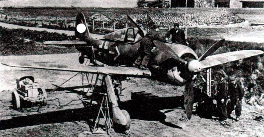 Пристрелка вооружения FW-190 в полевых условиях
