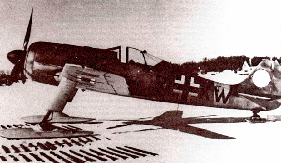 Прототип FW-190A-0 в-экзотическом антураже - с неубираемыми лыжами. Применения он так и не нашел.