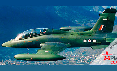 Штурмовик и учебно-тренировочный самолет MB-339 (Италия)