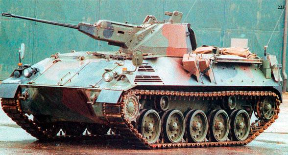 Бронетранспортер 4K 4FA-G2 с 20-мм пушкой Эрликон 204GK