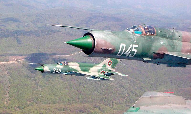 МиГ-21 в воздухе