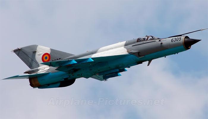 МиГ-21 в цветах одной из ближневосточный стран