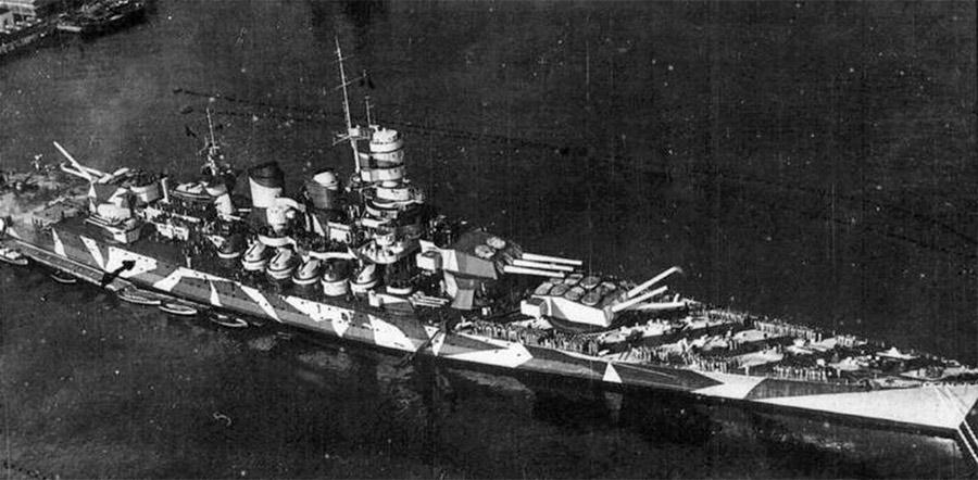 Гордость Италии - линейный корабль «Рома» вступил в строй только в 1942 году.