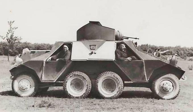 Австрийский тяжелый бронеавтомобиль ADGZ