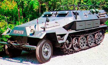 Бронетранспортер Hanomag (Ганомаг) Sd.Kfz.251