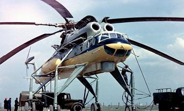 Транспортный вертолет Ми-10