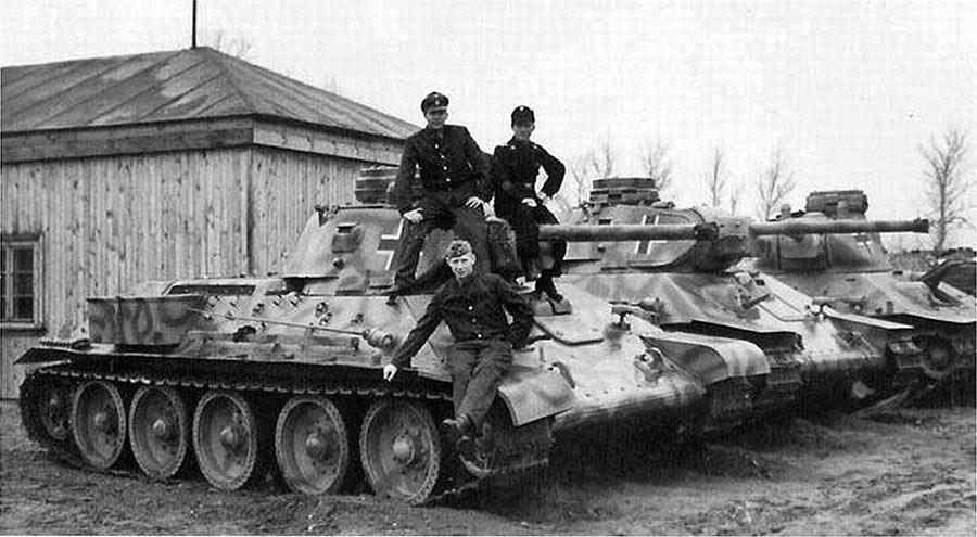 Советские танки Т-34-76 на службе вермахта.