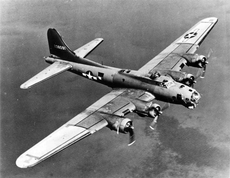 Американский тяжелый бомбардировщик B-17 Летающая крепость