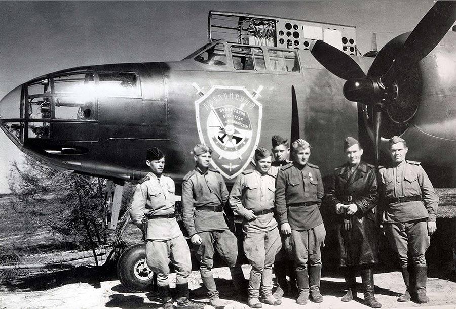 Советский экипаж американского «Бостона» (Дуглас A-20)