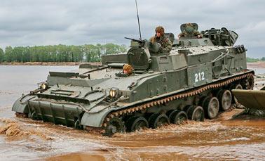 Российский Гусеничный минный заградитель ГМЗ-3 - машина для укладки мин