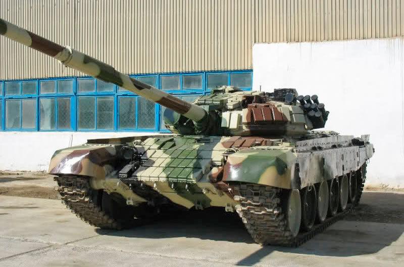 Основной боевой танк Т-72Б