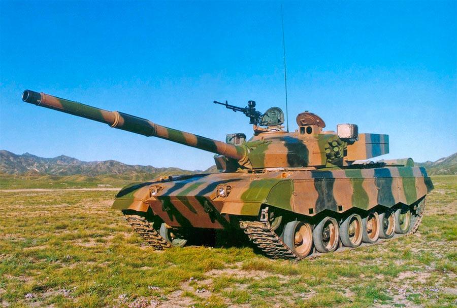 А это уже вариант Type 85, модификация Type 88, оснащенная 125-мм пушкой, копией советской 2А46